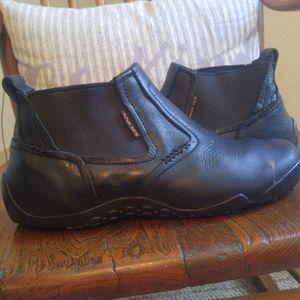 Wolverine ICS chukka boots